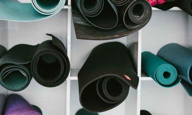 i 10 migliori tappetini yoga: guida all'acquisto