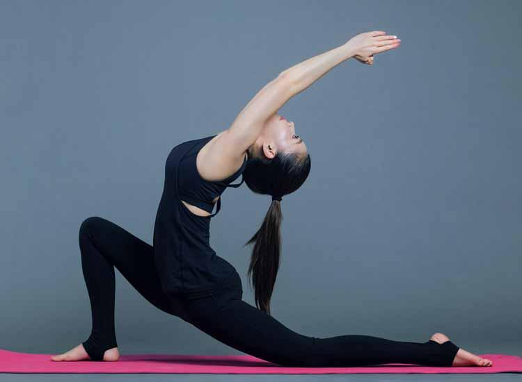 Yoga per dimagrire: posizioni per perdere peso